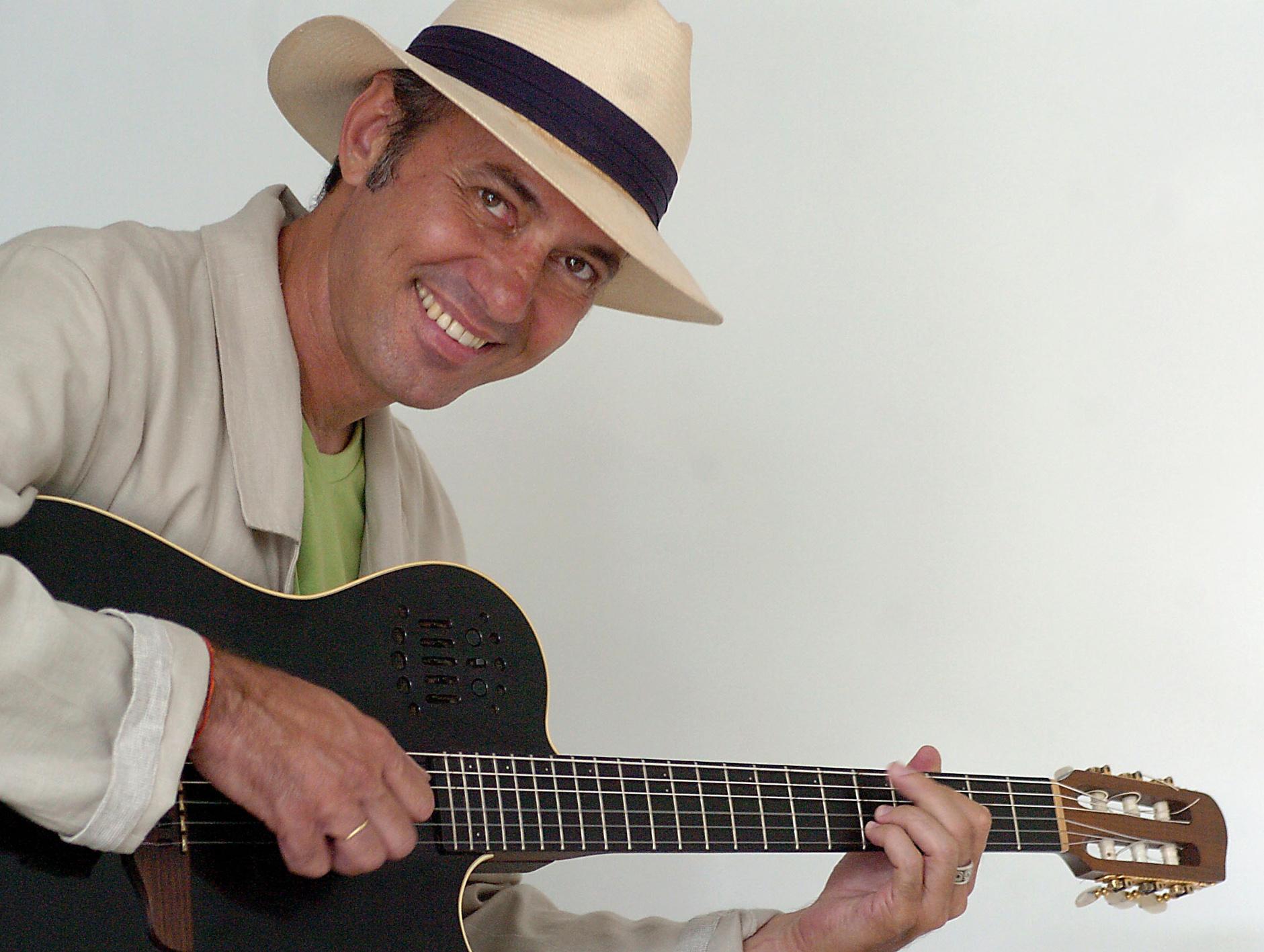 http://www.geraldomaia.com.br/imagens/alta/Geraldo_Maia_05.jpg